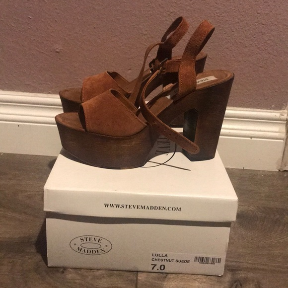 ad6903ec1aa Steve Madden Lulla chestnut suede heels. M 5a87f6a972ea887c27f834fd